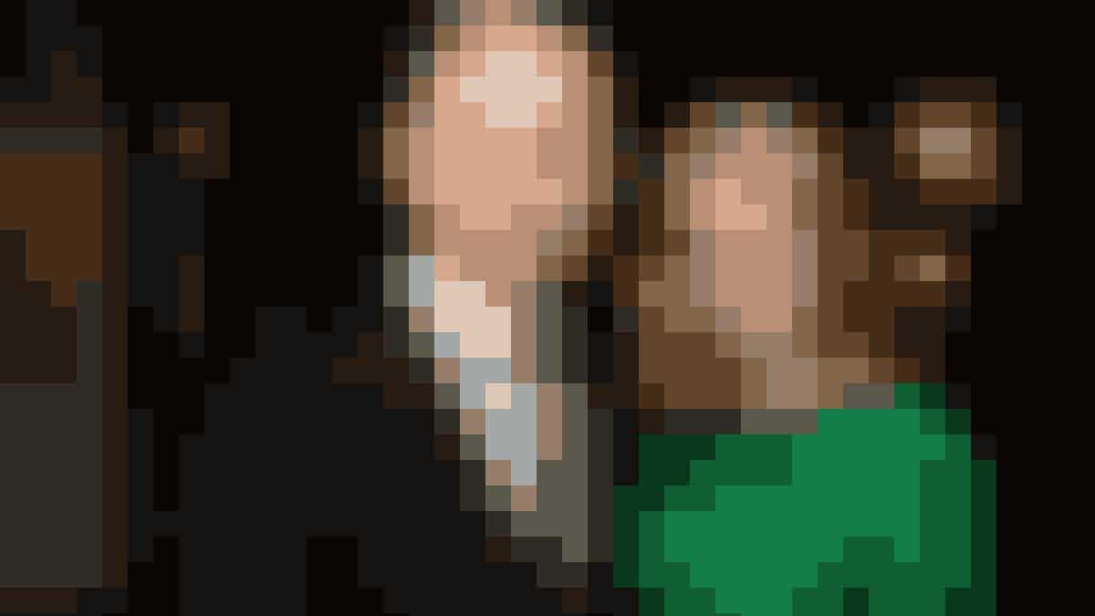 Statsminister Helle Thorning-Schmidts mand, Stephen Kinnock, er blevet valgt ind i det britiske parlament.