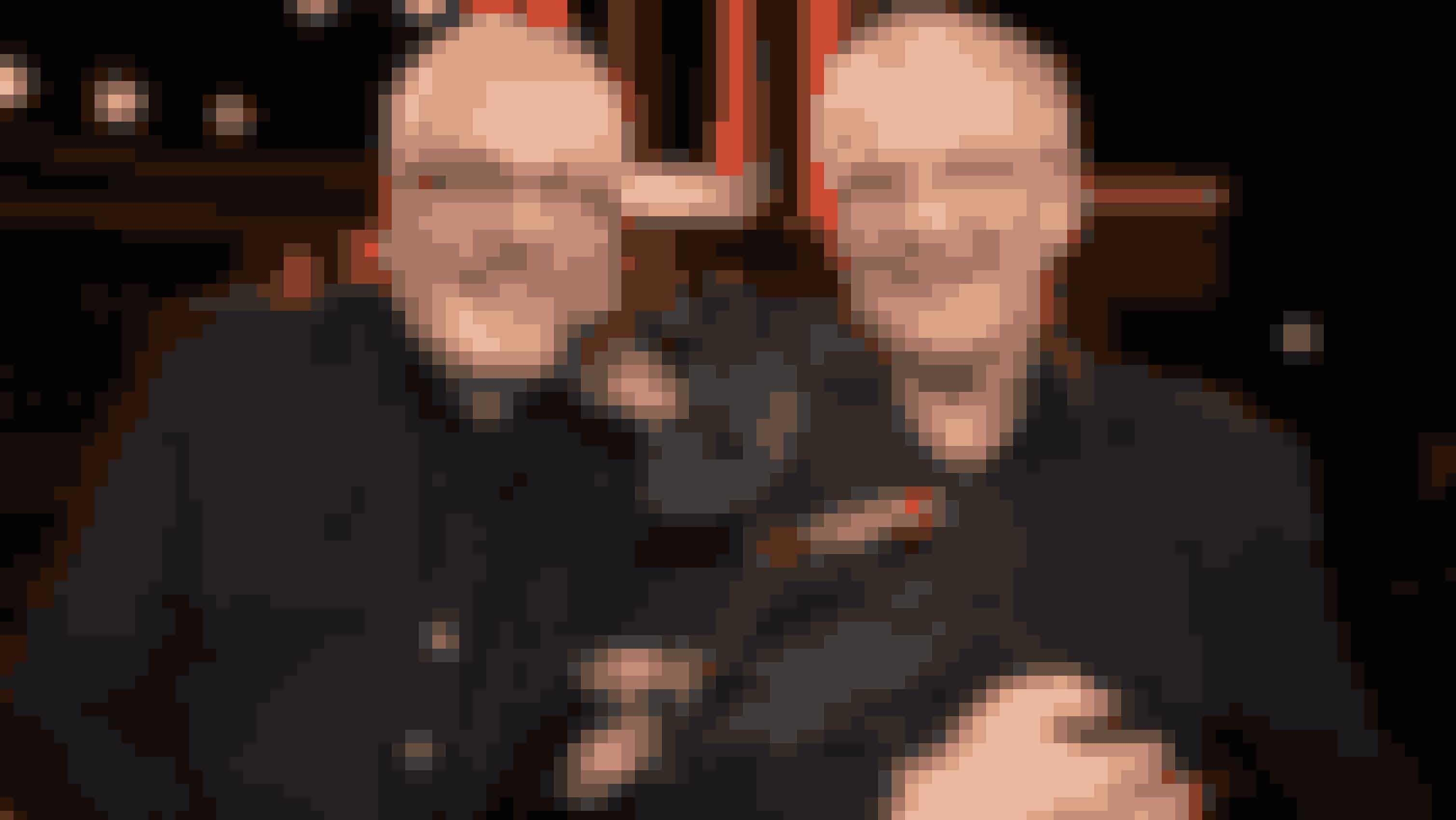 """Søren Hedegaard og Preben Kristensen havde Pluto med i TV-studiet til """"Her er dit liv"""" i 2014."""