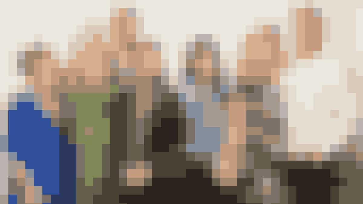 Gabrielle Carteris (Andrea), Tori Spelling (Donna), Brian Austin Green (David), Jason Priestley (Brandon), Shannen Doherty (Brenda), Jennie Garth (Kelly) og Ian Ziering (Steve).
