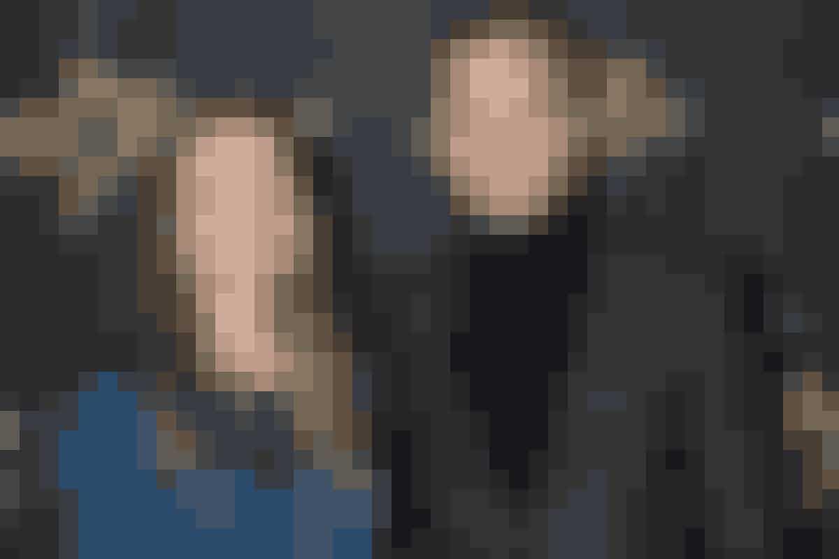 På håndboldbanen har både Lars Christiansen og Christina Roslyng haft stor succes, og i 2006 blev parret gift. De fik sønnen Frederik, inden de i 2009 gik fra hinanden. Kærligheden sejrede dog, og håndboldparret fandt sammen igen tre år efter. Siden har de fået sønnen August.