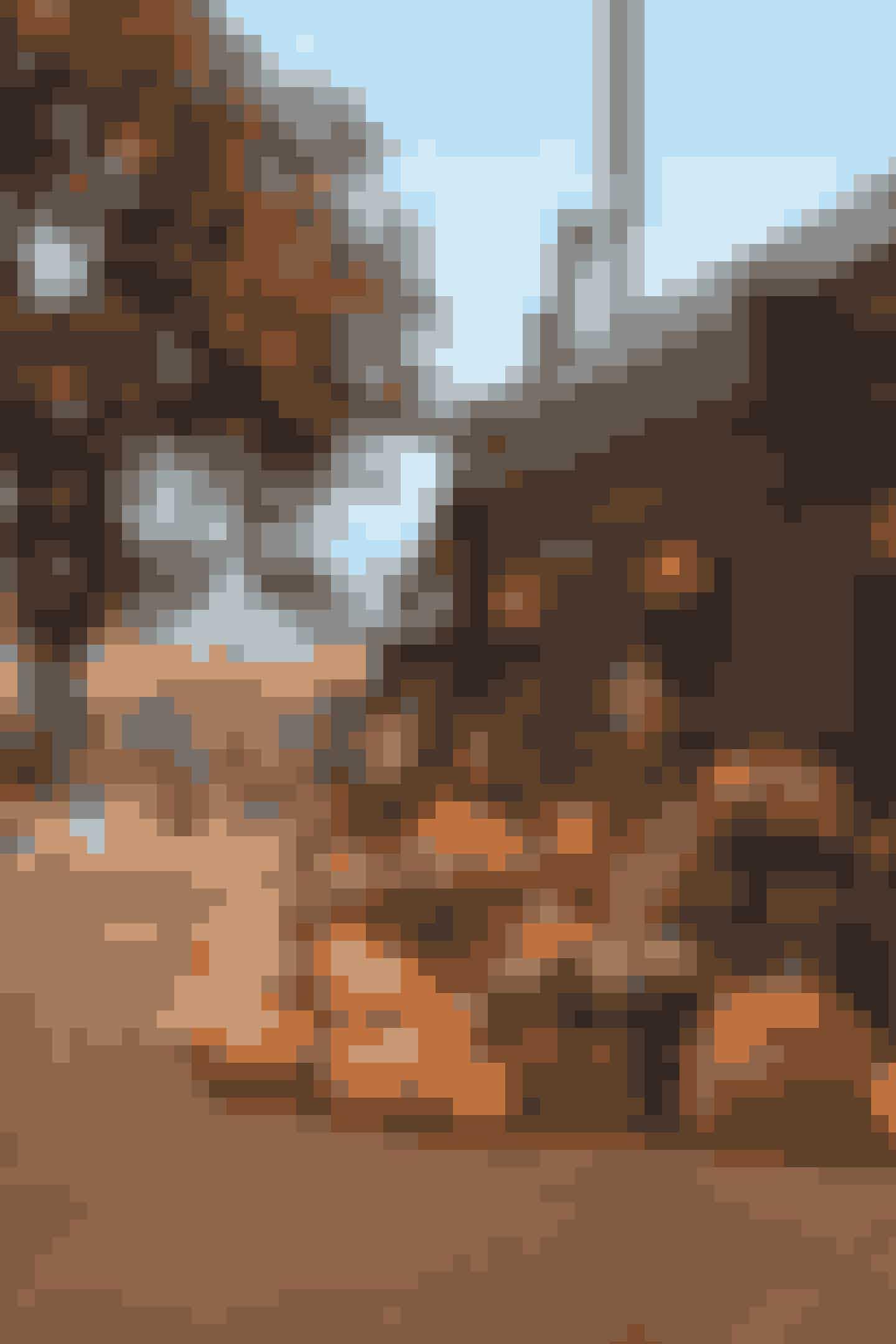 Halloween i TivoliHalloween i Tivoli er både for børn og voksne – bare man har hang til hygge og uhygge. Der er over 21.000 dekorative græskar, svævende spøgelser, flyvende heksekoste og en Have badet i det særlige orange lys, som signalerer Halloween i Tivoli.Hvor: Tivoli.Hvornår: fra fredag den 11. oktober til søndag den 3. november 2019.