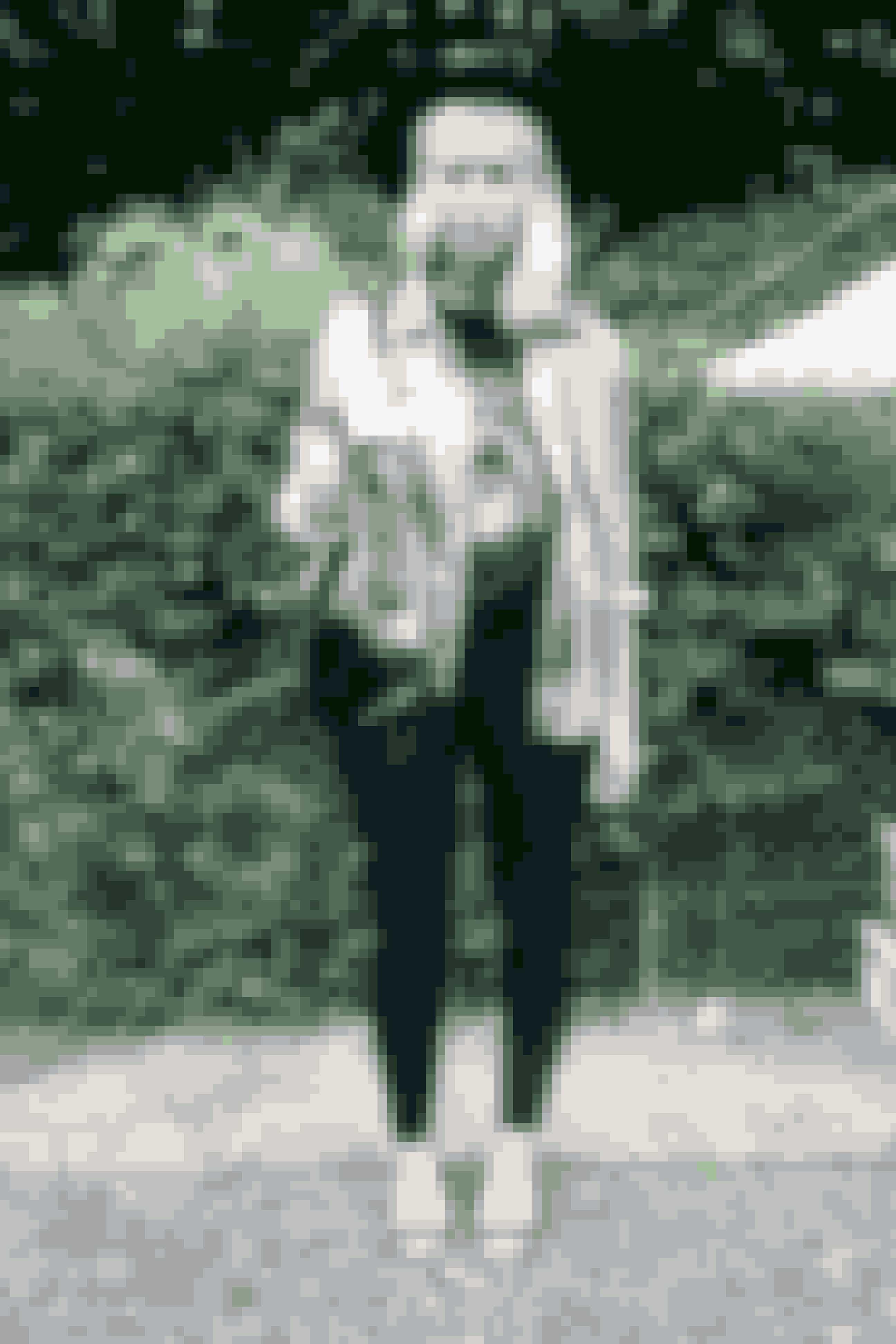 Blogger Top: Givency Bukser: Mango Jakke: Vintage Sko: Mango Hat: Vintage Taske: Vintage