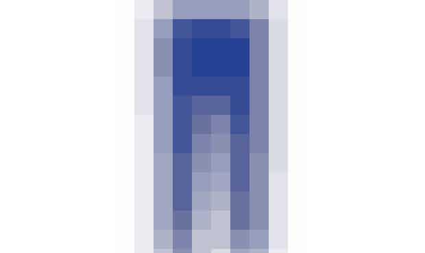 Den BLå LAGUNE Jeg var lykkelig, da modeugen i New York afslørede elektrisk blå som en af efterårets helt store farver – jeg har nemlig lige købt disse!  Bukser, Joseph, 1.700 kr.