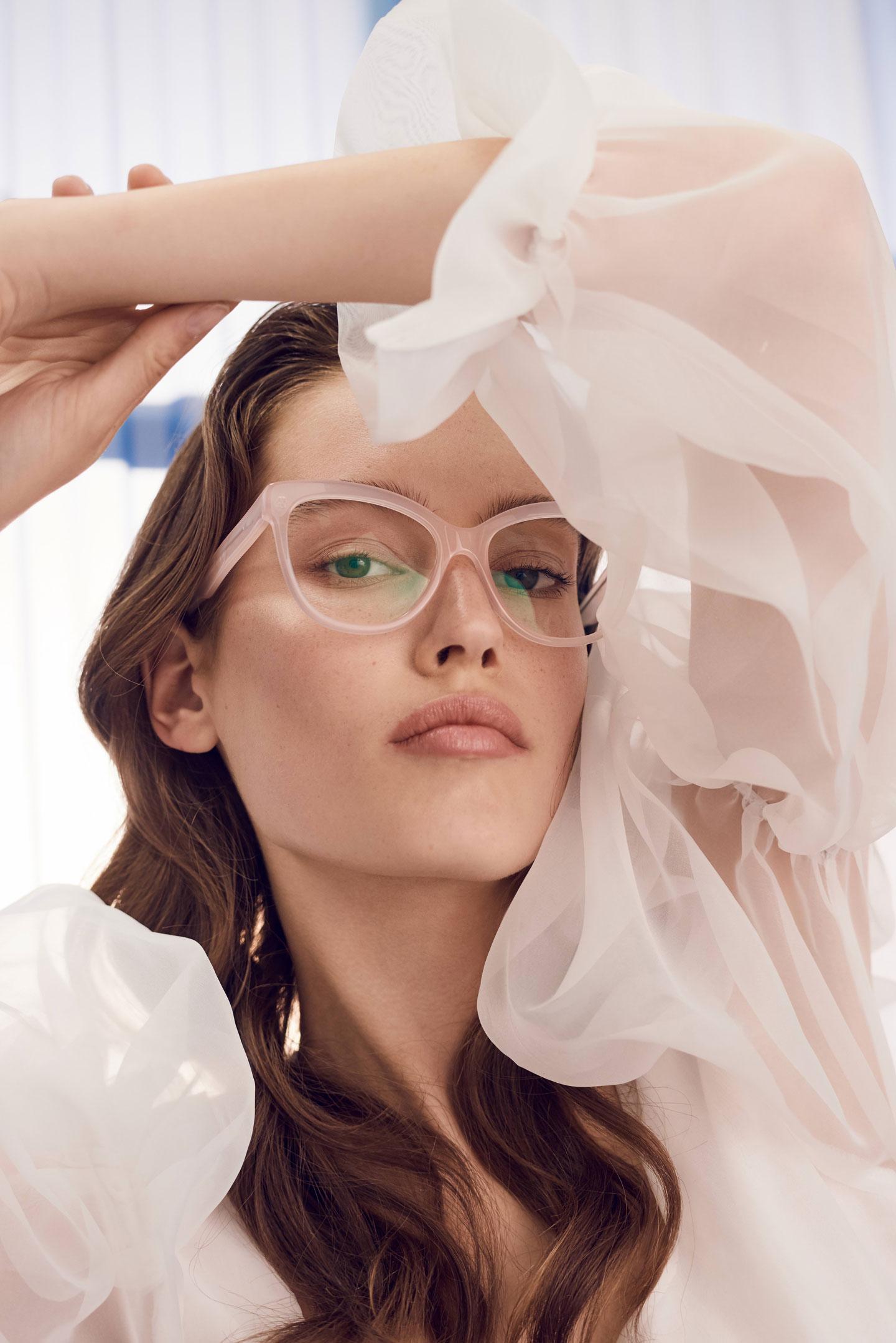 Derfor er briller din nye musthave accessory | ELLE