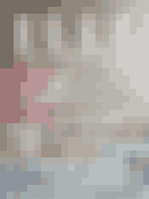 Med det nye ELLE får du kvit og frit det nye ELLE Decoration, og du kan godt glæde dig til et magasin spækket med lækre boliger, motiverende historier og inspirerende interiør. Besøg blandt andet influencer Funda Christophersen, læs kunsthandler Helle Thygensens rørende og kloge historie om, hvordan kunsten har formet hendes liv, og lad dig guide af tre af landets dygtigste indretningsarkitekter.