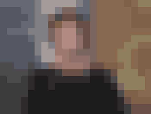 Penn Badgley som Dan HumphreyHan startede som den usynlige Lonely Boy på Upper East Side og endte med at vinde Serena hjerte. Og nå ja! Så var Dan jo ogsåtheGossip Girl. I dag arbejder Penn Badgley stadig som skuespiller og har haft roller i film som Easy A og Cymbeline.