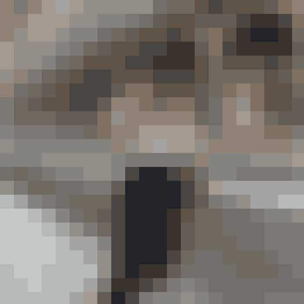20. Fendi Baguette-taskeFendis Baguette-taske har med sine 121,264 posts selvfølgelig ramt listen, og selvom tasken var designet tilbage i 1997, så har den været med til at genstarte hele baguette-trenden i slutningen af det 21. århundrede, og er med sine mange farver, størrelser og prints en kær ven for mange influencers.
