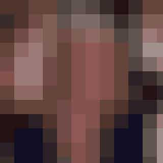 """SamanthaJonesDen sex-glade PR-boss er gået på pension og er i kølvandet på #Metoo-bevægelsen gået dedikeret ind i feminisme og kvinders rettigheder. Hun er altså blevet ægte aktivist! Med sin selvsikre, uafhængige stemme taler hun for kvinders rettigheder og om at tage ejerskab over kvindekroppen. Derudover harSamanthaskrevet en selvbiografi 'Sex and the sixties', hvor hun selvfølgelig deler ud af sig selv og sine sex-beretninger - og hvorfor sex også er godt og vigtigt for kvinder over 60. Vi citerer lige et citat, der manifesterer hvor top-moderneSamantha allerede var for 20 år siden: """"I will not be judged by society, I will wear whatever, and blow whomever I choose as long I can beathe and kneel."""" For at bevare sit ungdommelige sind er Sam, der stadig er single, dog flyttet til SoHo."""