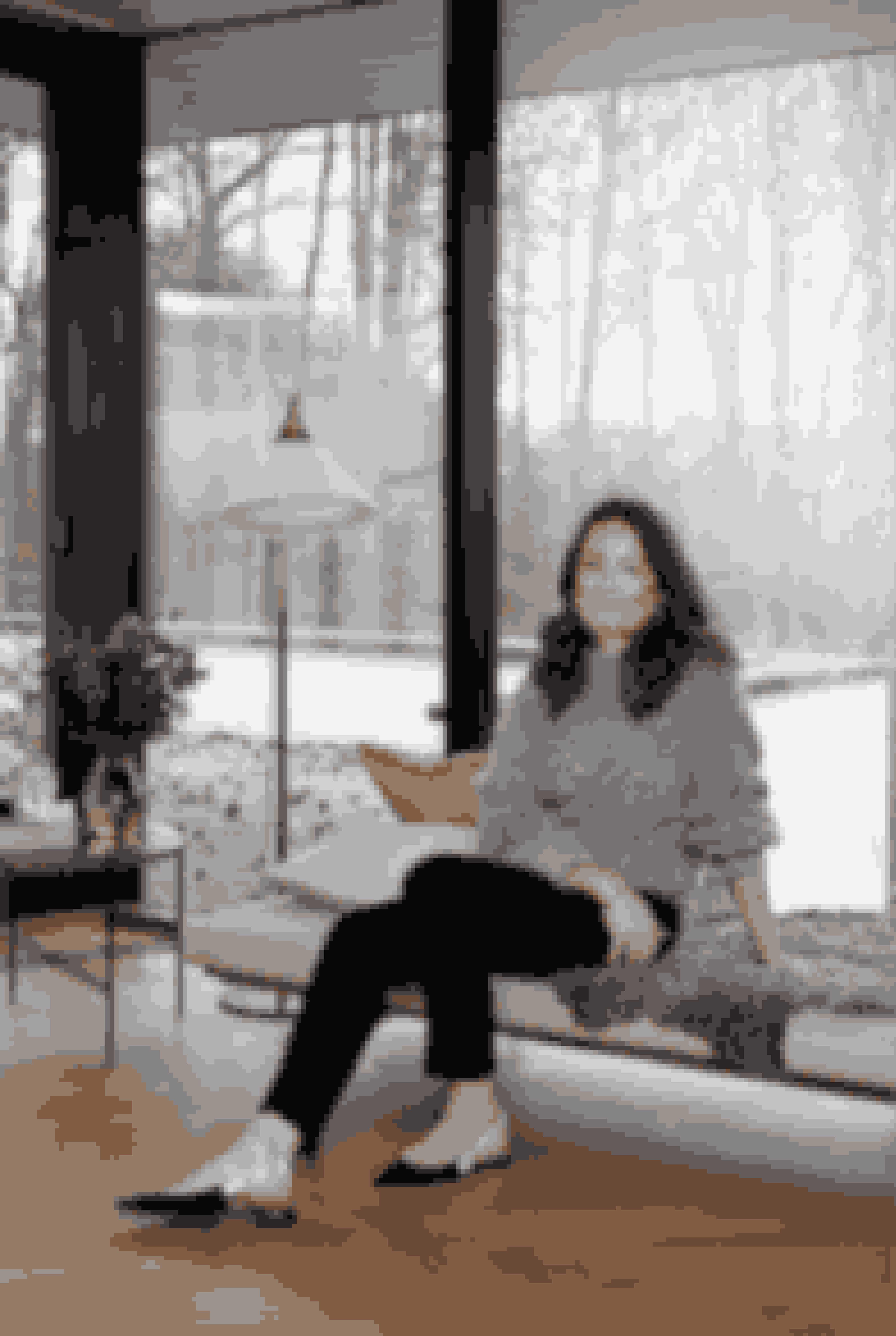 KARINA MUNDT HOLST,45 år, kreativ direktør og ejer af Decadent. Bor i Vedbæknord for København med sin mand og deres to børn. Semere på Instagram @decadentcopenhagen