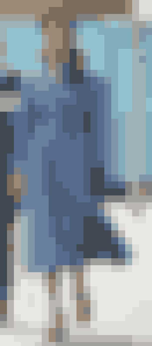 D. 5. september 2020Selvom fokus d. 5. september 2020 var på flagdagen for alle Danmarks udsatte, så faldt opmærksomheden også på Marys smukke, blå kjole, der er designet af danske Søren Le Schmidt.Udover kjolen bar Mary pumps fra Jimmy Choo og hat fra Susanne Juul.