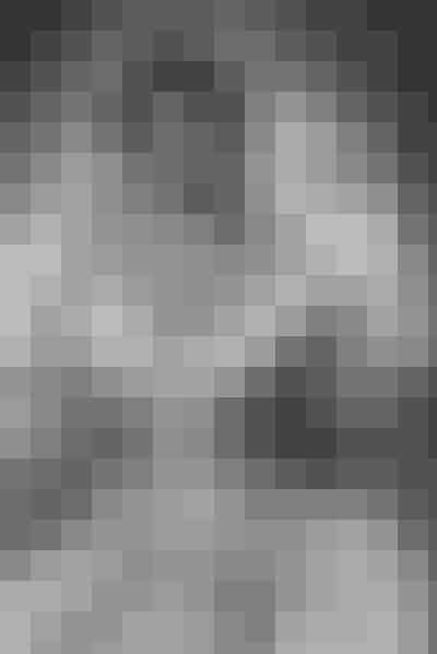 Kathrine Banks –'Father of the Bride'Elizabeth Taylors brudekjole skuffede bestemt ikke, da hun spillede Kathrine Banks i filmen 'Father of the Bride' i 1950. Kombinationen af silke, knapper og blondeer så unik, at vi ikke tror, vi har set noget lignende hverken før eller siden.