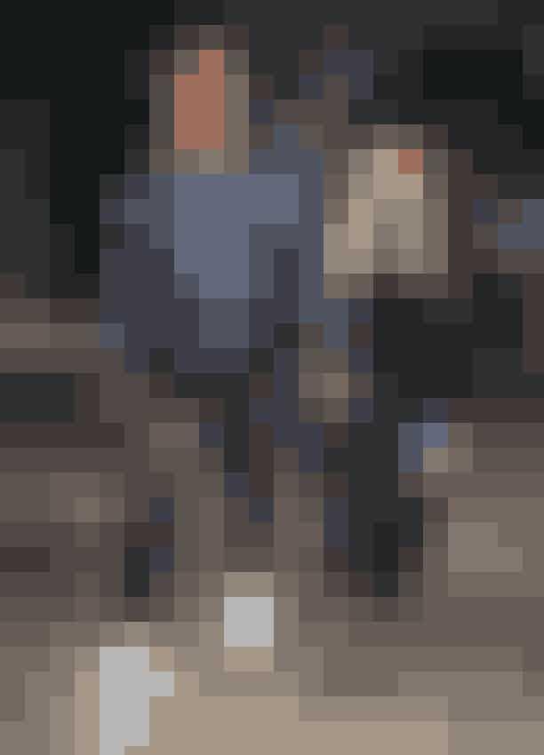 """KUWTK må ikke bruge andres billeder udenskriftligtsamtykkeDet fandt vi ud af, da showet tilslørede en række optagelser af Khlóes ekskæreste Tristan Thompson. Dette fik fans til at undre sig, hvorefter Khlóe kom med en statusopdatering på Twitter:""""Han har muligvis ikke underskrevet en kontrakt for at vise disse optagelser. Hvorfor skulle jeg ønske at sløre hans ansigt? Jeg skjuler ikke hans identitet LOL."""""""