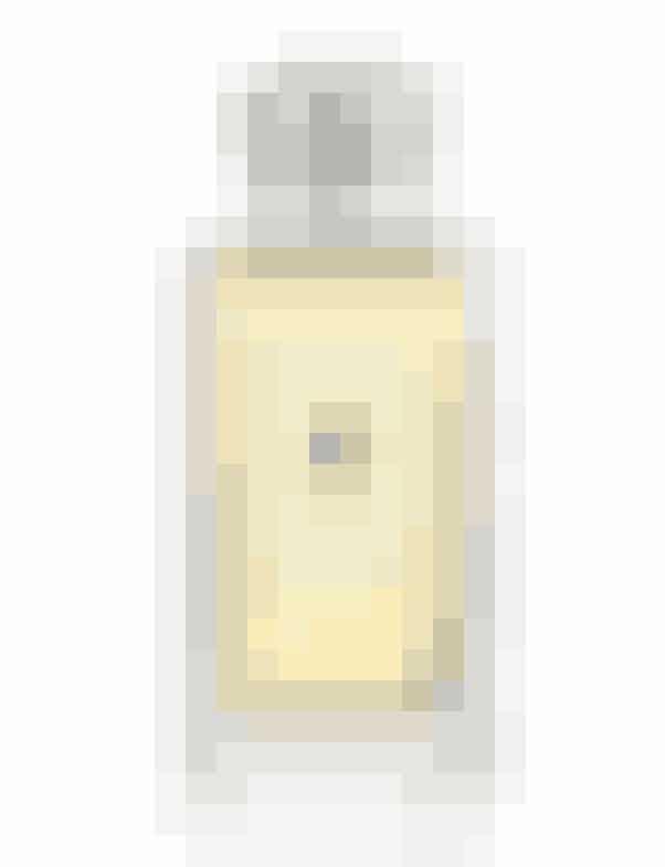 PARFUMEEn besættelse er nok sådan, jeg bedst kan beskrive denne ikoniske duft fra Jo Malone. En forholdsvis enkel duft, men halløj, hvor kompositionen af basilikum, lime og mandarin virker. Jeg er kæmpefan.'Lime, Basil & Madarin Cologne', Jo Malone, 100 ml, 880 kr.