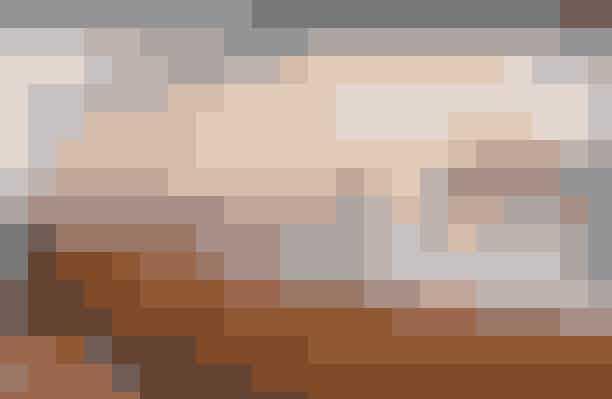 Til dem derhjemme:MichalakHer finder du ikke bare slik og søde sager, men også kogebøger, kager og chokoladestænger i form af klipklapper eller kassettebånd. Virkelig skønt!16 Rue de la Verrerie, 75004 Paris, christophemichalak.com