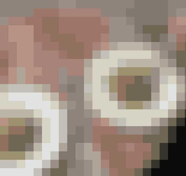Atelier September Cafe.Den lille café på Gothersgade er mest kendt for byens mest instagrammede avocadomad, men Frederik Bille Brahe, som står bag, serverer også andet end smørblød avocado på knasende rugbrød. Måske en ærtesalat?Hvor:Gothersgade 30, 1123 København K.