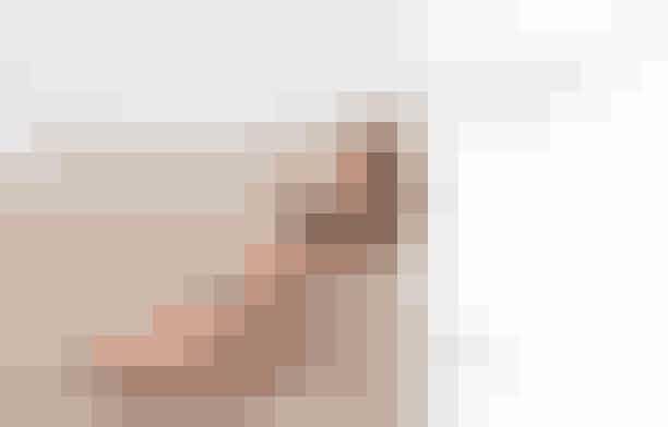 Jade SwimBadetøjsmærket Jade Swim kreerer lækre og helt simple bikinis designet af stylist Brittany Kozerski, der også er ejeren af brandet. Brandet har en minimalistisk stil uden at være kedelig. Badetøjet er lavet af luksuriøse materialer fra Italien og er desuden afvisende overfor solcreme og klorin – badetøj af høj kvalitet, der ser pænt ud, også efter flere sæsoner.Se Jade Swims Instagram her