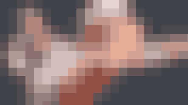 Body World påExperimentarium.Body Worldser i bogstavligste forstand et hudløst ærligt kig ind i din fascinerende krop. Den verdenskendte udstilling, som viser ægte menneskekroppe, åbner nu på Hellerups Experimentarium. Udstillingenviser ægte menneskekroppe og resultatet af ægte, levede liv. Det er, med stor sandsynlighed, det tætteste, de fleste af os nogensinde vil komme et kig ind i vores egen krop.Hvor: Tuborg Havnevej 7, 2900 Hellerup.Hvornår: Udstillingenåbner for gæster torsdag den 15. november kl. 9.30. Udstillingen løber til 3. november 2019.