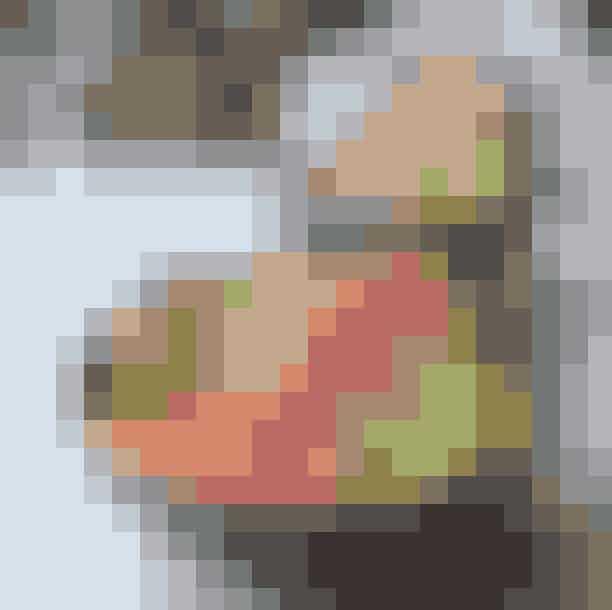 California Kitchen.Er du til en farve- og smagsrig frokost, skal du lægge vejen forbi afslappede California Kitchen. Her langes sunde og lækre bowls over disken, og det sværeste er at vælge i mellem de lækre varianter bestående af for eksempel laks eller oksekød.Hvor:Nørrebrogade 12, 220 København N, Vesterbrogade 58, 1620 København V og Strandgade 95, 1410 København K.Se mere her.