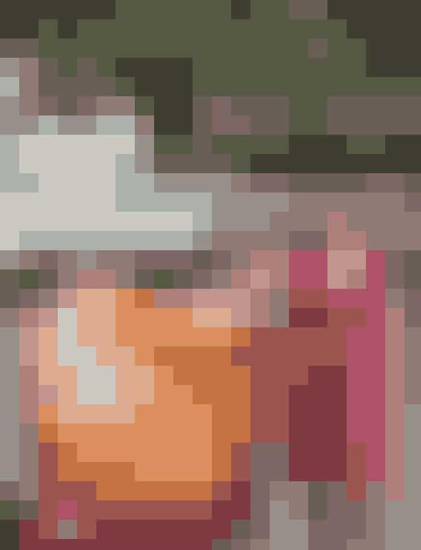 Fejr Negroni Week på The JaneNu har Campari skudt en uge i gang, der i dén grad står i den lækre drinks navn og i den gode sags tjeneste. Negroni Week er officielt begyndt, og en lang række barer i København er hoppet med på den lækre bølge, hvor du ikke kun drikker en lækker Negroni drink, men faktisk også støtter et godt formål på samme tid.Som en del af Negroni Week giver Campari et forsøg på at lave verdens største tønde Negroni på fredag fra kl. 16:00 på The Jane, hvor der er gratis Negroni til alle barens gæster. Kom og vær med!Hvornår: Fredag den 8. juni kl. 16:00-22:00Hvor: The Jane, Gråbrødretorv 8, 1154 København