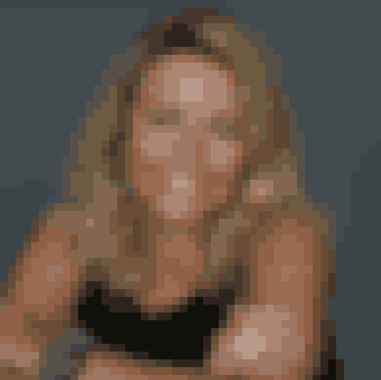 Charlotte Juhl, Senior Key Account Manager:Fransk design er lig med…Sonia RykielIngen tur til Frankrig uden…at spise President OstBedste køretur...Med Peugeot til Disneyland