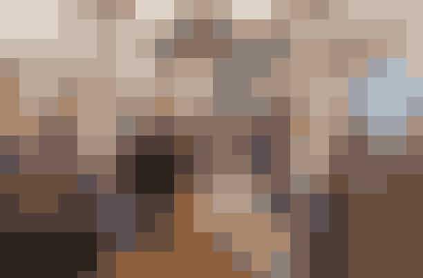 Insider's Shopping Guide med Sille HenningDu kender hende fra ALT for Damerne, den stilsikre Fashion Director Sille Henning. Kom med når hun giver tips til din personlige stil, præsenterer sæsonens tendenser og ekstraordinært inviterer på inspirationstur til nogle af hendes yndlingsbutikker i København.Læs mere og find billetter herHvornår:Lørdag den 12. august kl. 10.00-12.00Hvor:Designers Remix,Pilestræde 8,1112 København