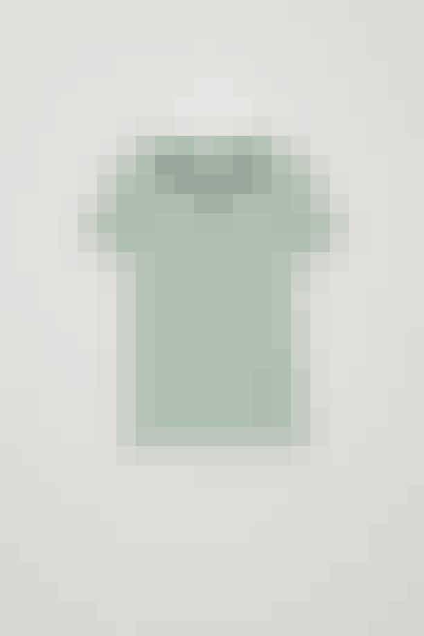 T-shirt, COS, 135 kroner.Køb HER.