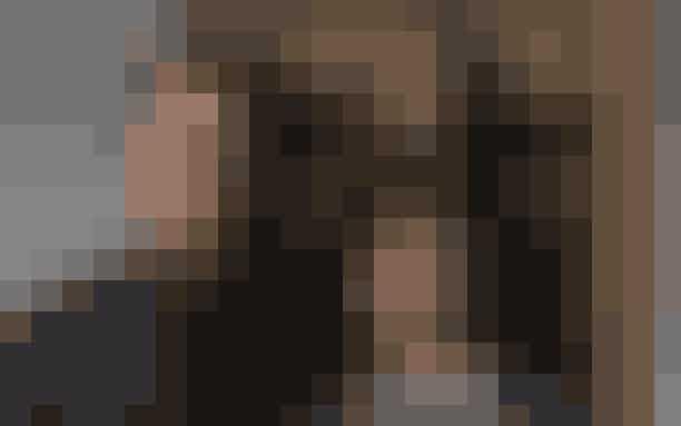 5. 'The Da Vinci Code' (2006)Dan Browns bedst sælgende roman 'The Da Vinci Code' fra 2003 blev filmatiseret i 2006. Tom Hanks fik hovedrollen som professor Robert, der afdækker et mord begået på det parisiske museum Louvre, hvilket fører til opdagelsen af et religiøst og hemmeligt broderskab.Selvom romanen var en bestseller, blev filmen vurderet som 15% dårligere end bogen, hvilket giver filmen en fjerdeplads på listen over de værste filmatiseringer af bøger.