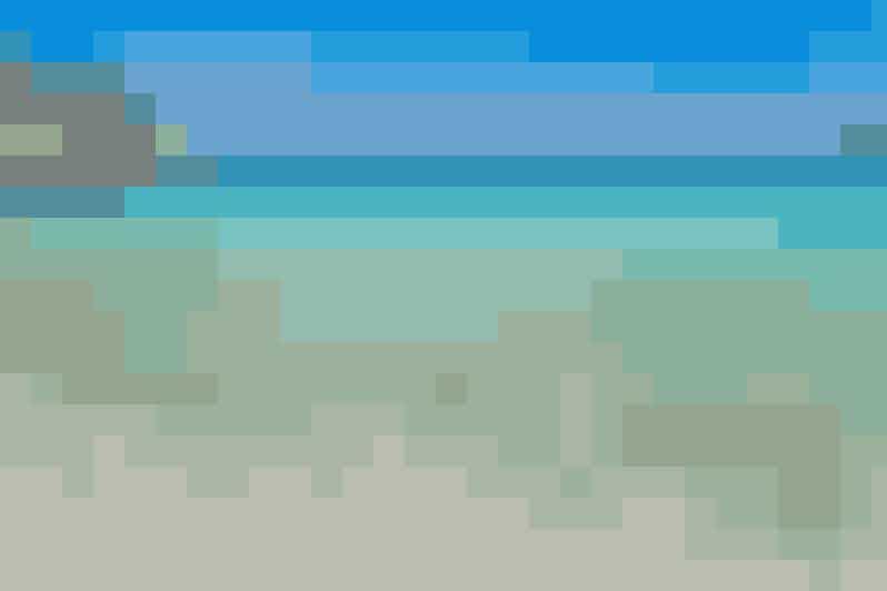 5. Dafnoudi Beach i GrækenlandLeder du efter en strand, der kan berige din Instagram med de smukkeste feriebilleder? Så skal du sætte GPS'en mod Dafnoudi Beach. Her kan du gå på opdagelse ved strandens klippehuler, hvor du helt sikkert kan knipse sommerens flotteste billeder – samtidig med at blive afkølet, naturligvis.