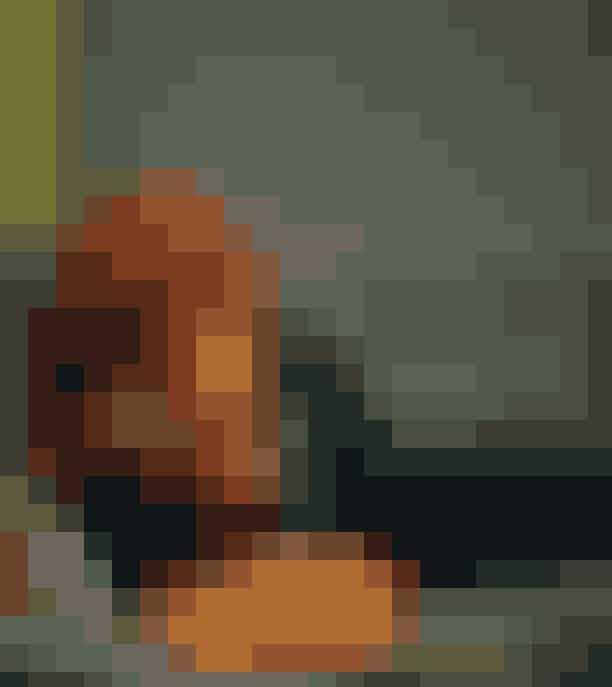 Dansk Magazine fejrer 15 år med fotoudstillingDansk kan i efteråret 2017 fejre 15 års jubilæum og det blev markeret med et særligt jubilæums-issue der udkom under Copenhagen Fashion Week med intet mindre end 15 forsider. Nu markeres jubilæet med en stor fotoudstilling med de 45 stærkeste billeder fra modefotografiets verden. Udstillingen åbner mandag d. 4. september kl. 16 med fernisering.HVOR: Højbro Plads, København KHVORNÅR: fra 4. - 10. september
