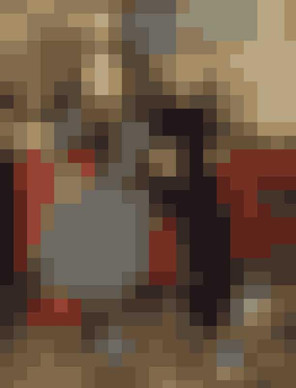 Mød fire danske modeaktører og hør, hvilke evner og talenter de bruger, når de skal sætte scenen for dansk mode. For hvad er dansk og hvad er mode egentlig for dem? Hvilke tråde trækker de i? Læs med, når ELLE taler med modellen, modebar-ejeren, koordinatoren og den kreative brancheperson, som alle er med til at gøre Københavns og dansk mode ekstra attraktivt.