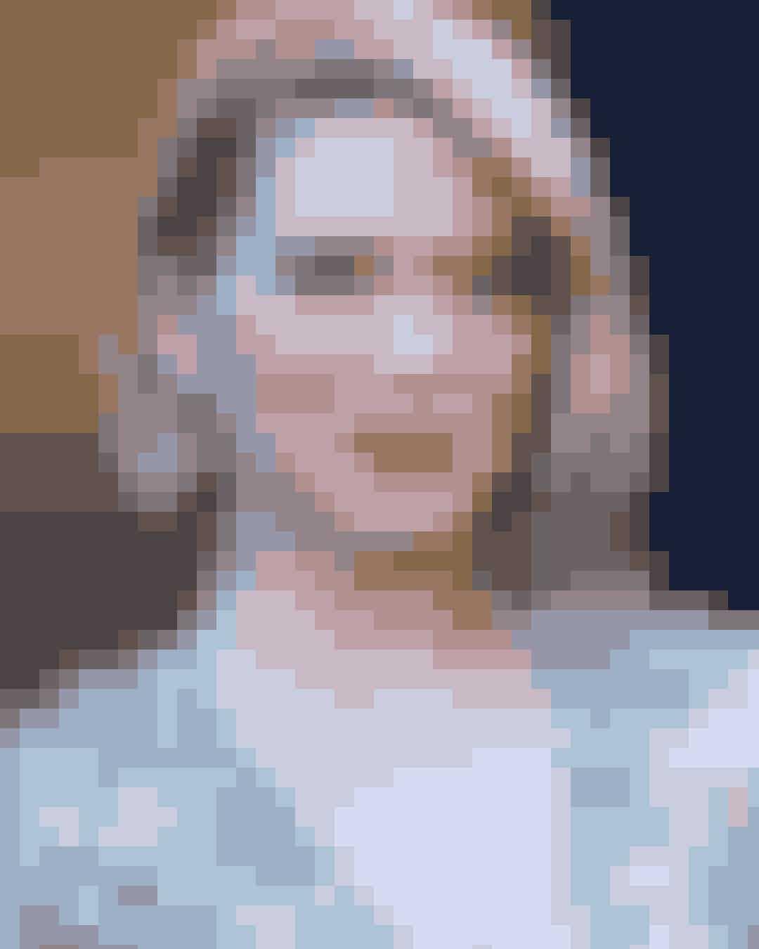 ELLE har mødt den 33-årige pariserinde og skuespiller Léa Seydoux, som er aktuel i Thomas Vinterbergs nye film 'Kursk' til en ærlig snak om det pres, der har ligget på hendes som skuespillerinde - både i form af perfekthedskrav og i forhold til at spille spillet, når man bare ønsker at sige sandheden. Læs hele interviewet på side 40.