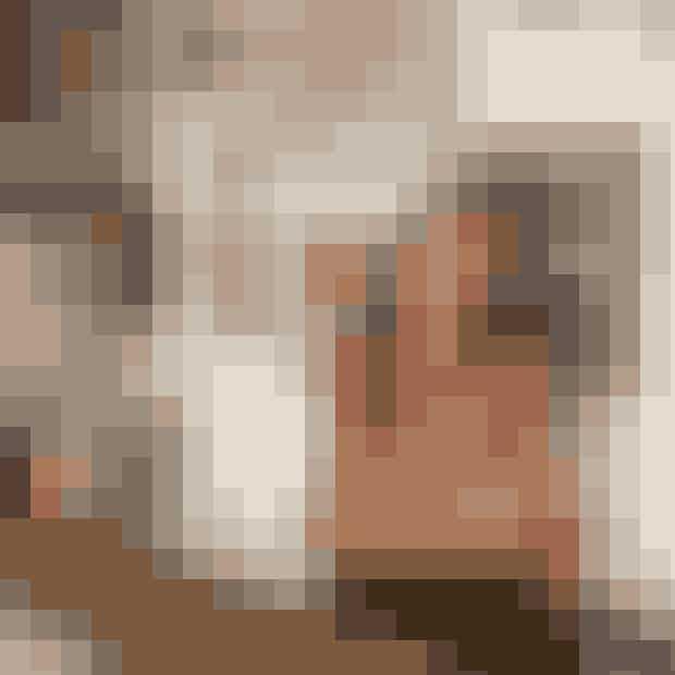 SouvanniAsmussensLadylandModestylist Souvanni Asmussen har vendt sig mod billedkunsten og i denne måned afholder hun sin første soloudstilling, Ladyland.Sideløbende med stylist-jobbet begyndte modeillustrationer at fylde mere forSouvanni-bl.a. med forsider for magasinet DANSK. Souvanni fandt hurtigt en stor glæde i billedkunsten, som for hende er nært beslægtet med modefotografiet, og nu udstiller hun sine værker.Hvor:Gallery KN, Frederiksberg Allé 60, 1820 Frederiksberg C.Hvornår:Den 22. martstil 28. april (åbningstider: tors-fre: 13.00-17.00, lør-søn: 11.00-16.00).