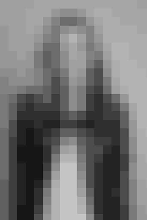 Eva KruseModekvinden Eva Kruse kan med sit hjertebarn, Copenhagen FashionSummit, som den eneste dansker samle den internationale modeverdenen. I 2018 oprettedes så Global Fashion Agenda, og dermed har modeverdenen fået sit svar på FN: Et overordnet, internationalt fællesskab, der kan samle og udstikke ideer og rådgivning om det, der er modens uundgåelige fremtid: bæredygtighed og social ansvarlighed. Det bragte bl.a. i januar 2019 Eva Kruse og Global Fashion Agendas protektor, Kronprinsessen, til WorldEconomicForum iDavosi Schweiz.