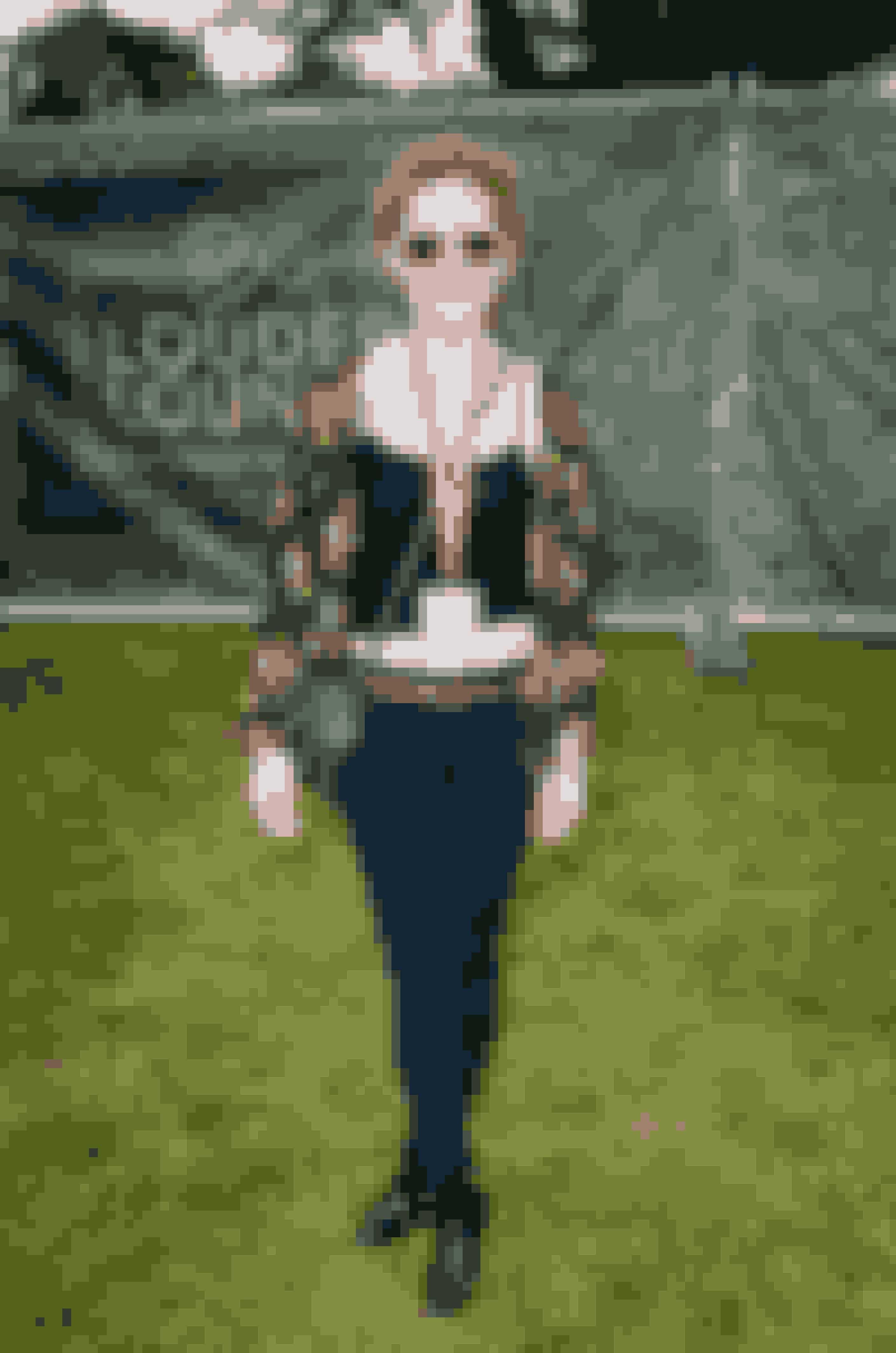 Olivia Hallianan på V Festival.