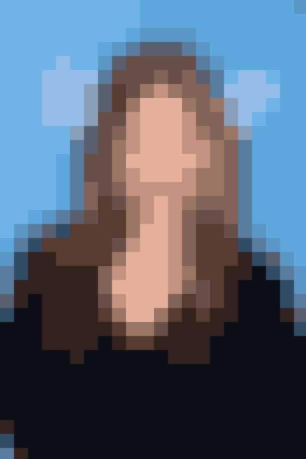 1. Selma Blair og tv-serien 'Anger Management'Selma fik rollen som Charlie Sheens kæreste, Kate Wales, på comedy-serien før hun blev fyret imod sin vilje i juni, 2013. Selma Blair sagsøgte ifølge kilder hendes kollega, Charlie Sheen, og produktionsselskabet Lionsgate Entertainment for lidt over 7.000.000 kr., da hun krævede, at hun fik udbetalt det beløb, hun kunne have tjent, hvis hun ikke var blevet fyret. Hun påstod desuden, at grunden til, hun var blevet fyret, var fordi hun på et tidspunkt havde brokket sig over, at Charlie Sheen havde øvet replikker i sit påklædningsrum, mens resten af produktionen havde ventet timevis på ham.Dramaaa!