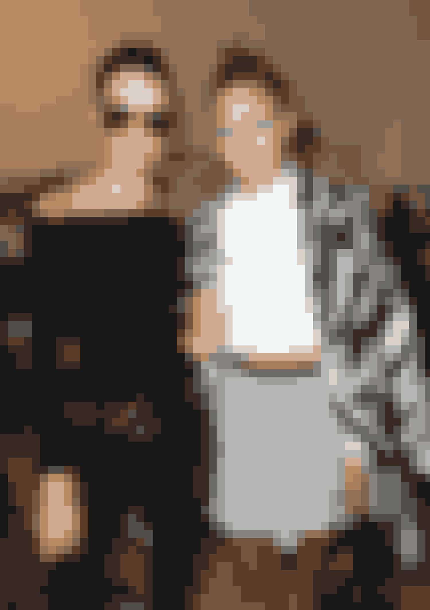Gigi Hadid og Kendall Jenner backstage til Diane Von Furstenberg showet