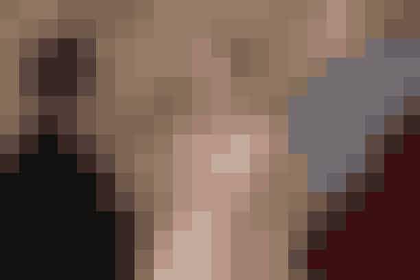 Grace of MonarcoNicole Kidman spiller den yndefulde stjerne, Grace Kelly, som i 1956 blev gift med fyrst Rainier d. 3. af Monarco. Og emmer alt så lutter lagkage for den tidligere skuespiller, der nu har giftet sig ind i et europæisk smørhul? Tværtimod. For ægteskabet knirker, og de politiske konflikter med Frankrig blusser op. Grace befinder sig pludseligt i et dilemma: Skal hun vende tilbage til filmlærredet i USA eller skal hun omfavne livet som fyrstinde i Monarco - på godt og ondt?
