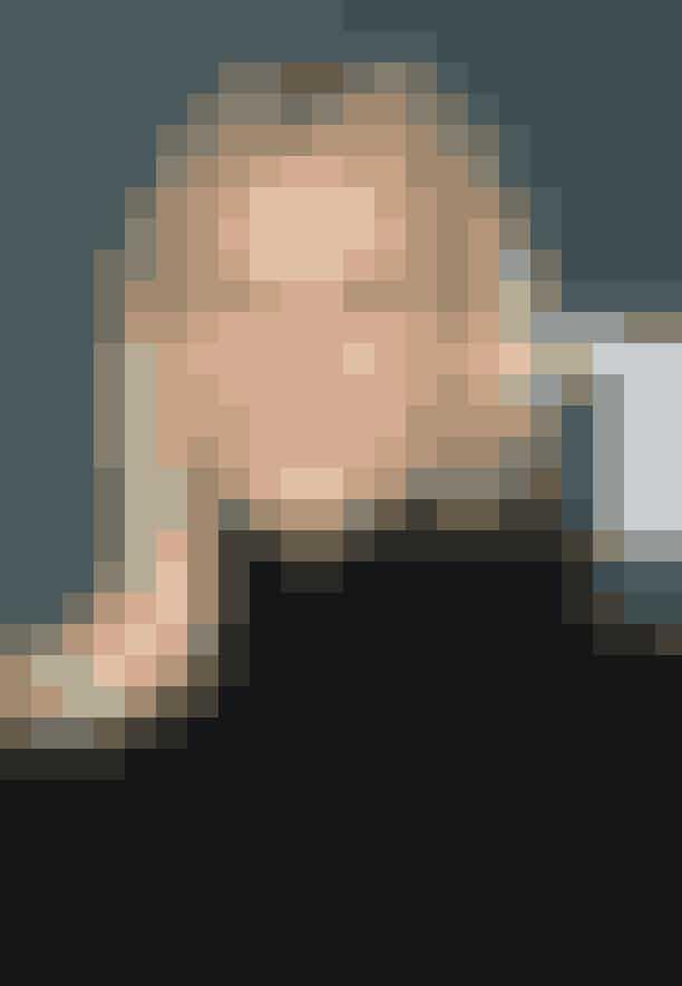 """Gwyneth PaltrowSkuespillerinden er i forvejen kendt for sine sjove vaner, hvori hendes madvarer indgår. A-list-kendissen sværger blandt andet til en drink, som hun laver ud af ristet sesamolie, hakket ingefær, kokossukker og mandelmælk. Ifølge Gwyneth er det den """"perfekte varme treat på en regnfuld eftermiddag"""". Vi synes nu lidt, det lyder som en dressing…"""