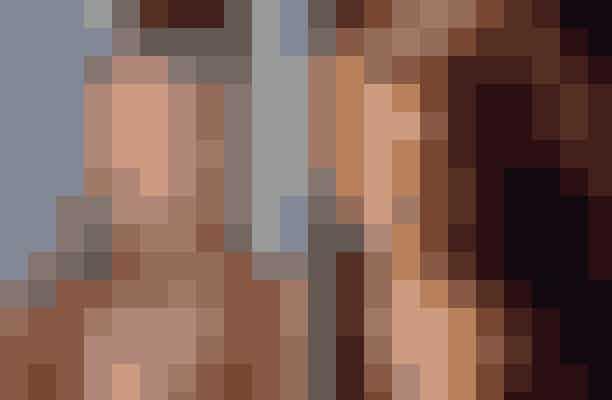 Gwyneth Paltrow afslog rollen som Rose Dewitt Bukater i Titanic – spillet af Kate WinsletGwyneth forsøgte i en radioudsendelse i 2015 at undgå diskussionen om, hvorfor hun takkede nej til rollen som Rose i Titanic. Hun tilføjede, at hendes mor ville dræbe hende for at snakke om at afslå roller, fordi det ikke var 'ladylike'. Dette er en af de roller, der slet ikke ville have været det samme uden Kate og Leonardos fantastiske kemi i filmen.