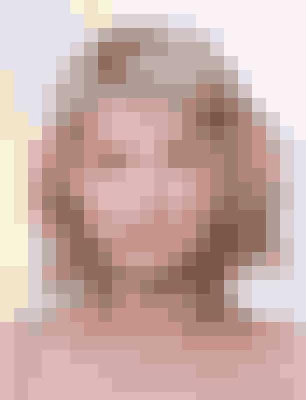 Haley BennettDe fine og sarte nuancer der dominerer Haley Bennetts look, bliver udfordret af hendes grønne øjne og farverige læber.