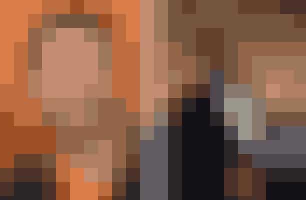 Hugh Jackman afslog rollen som James Bond i Casino Royale – spillet af Daniel CraigHugh Jackman fik et opkald, da producerne til James Bond-filmene var på udkig efter en ny hovedrolle til at følge efter Pierce Brosnan. Han var ikke interesseret, da han synes, manuskriptet var blevet for unaturligt og skørt - og han fik også at vide, at han ikke ville have nogen indflydelse på filmens handling, men bare skulle skrive under. Det takkede X-Men-stjernen nej til.