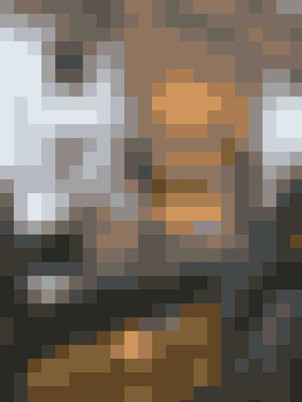 Bar LuceUanset om du er på jagt efter en sen frokost, en hurtig espresso eller en kølig aperitivo, så skal du sætte kurs mod Bar Luce i Fondazione Prada. Caféen er designet af filminstruktøren Wes Anderson og er en sand pleaser både for din gane og for dit kamera.Bar Luce, Largo Isarco 2