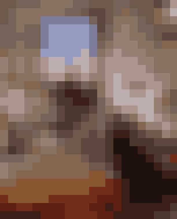 Hotel Plaza Athénèe, ParisHer får du en udsigt, der er så fantastisk, at den fik vores allesammens Carrie Bradshaw til at hvine af fryd i Sex and The City. Den fineste Instagram-udsigt får med garanti dine følgere på dupperne - og så skader det vel ikke, at udsigten over Eiffeltårnet kombineres med smukke, røde blomster vel? Her kan man da så sandelig snakke om #Instagoals.