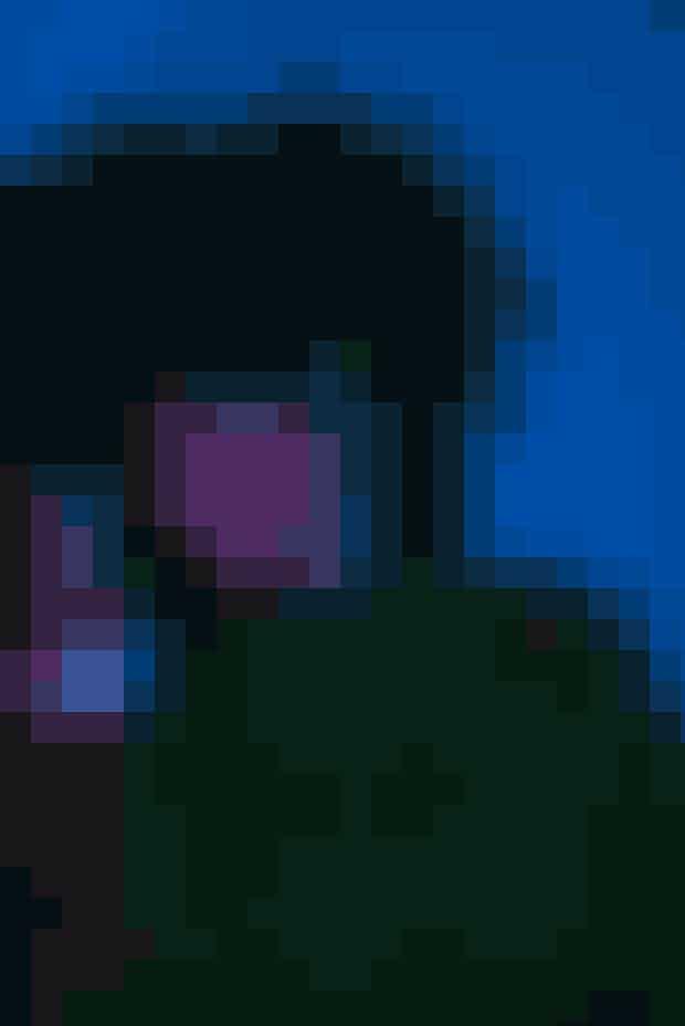 Iris Gold koncert.Fredag den 30. november 2018 udkom Iris Golds nyesingle 'Keep The Lights On'. Lørdag den 1. december spiller den danske r'n'b-stjerne koncert Betty Nansen Teatret i et opbygget univers i samarbejde med Roskilde Festival.Hvor: Betty Nansen Teatret, Frederiksberg Allé 57, 1820 Frederiksberg C.Hvornår: Lørdag den 1. december 2018 kl. 22.00. Se mere HER.