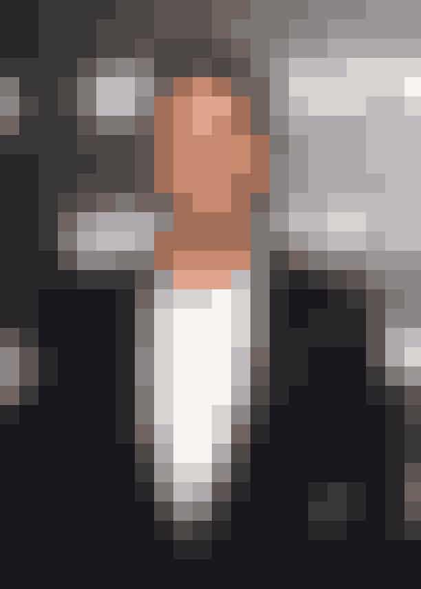 2011: James Franco og Anne HathawayNår vi nu allerede har talt om mænd i kjoler, så så det sjovt ud, da Anne og skuespilleren James skulle uddele en pris sammen og havde valgt at bytte outfit for en aften. Anne så chic ud i sit jakkesæt, mens James så noget morsom ud i en fuchsia-farvet gallakjole.