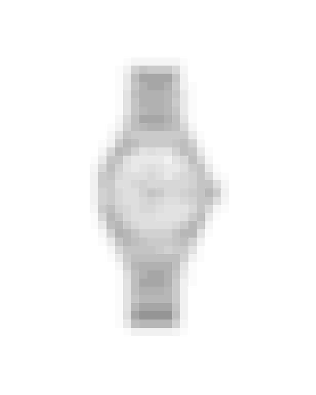 Jeg elsker et helt klassisk, tidløst ur, der bare virker til alt. Jeg kan hurtigt føle mig for pyntet med for mange detaljer, så derfor er dette helt perfekt.