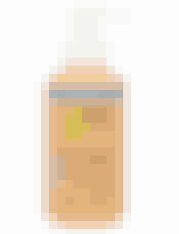 'Blemish Clearing Cleanser' fra Juice Beauty, 200 ml, 219 kr.'Blemish Clearing Cleanser' renser i dybden med kokos og tilfører fugt med alger og økologisk aloe - din hud vil sige haps!