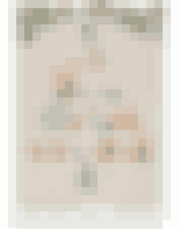 Juleloppemarked på Apollo Bar.Apollo Bar inviterer indenfor til et hyggeligt julepræget loppemarked, hvor kendte navne som Barbara Potts, Julie Fagerholt og Caroline Bille Brahe sælger ud af gemmerne. De vil være gløgg, æbleskiver og masser af julemusik.Hvornår:Den 2. december 2018 kl. 10-18.Hvor:Apollo Bar, Nyhavn 2, 1051 København K.