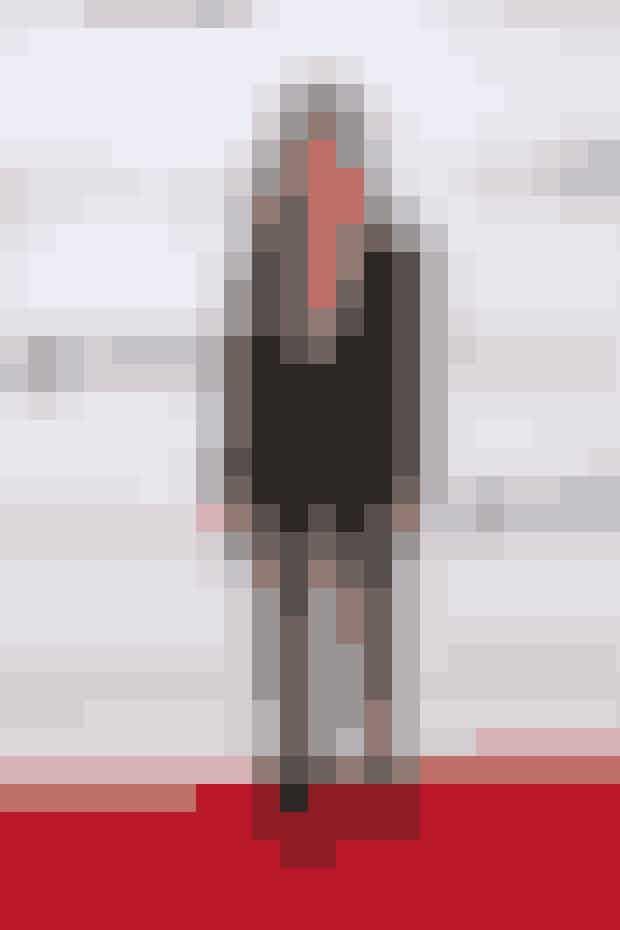 Kourtney KardashianDen 38-årige ældste Kardashian-søster er Kris Jenner og Robert Kardashians første barn. Kourtney var også den første af de i alt fem søstre til at få børn. Kourtney har nu tre børn, der alle har eks-manden Scott Disick som far. Scott danner desuden nu par med den meget yngre Sofia Richie, der er datter af sangeren Lionel Richie.