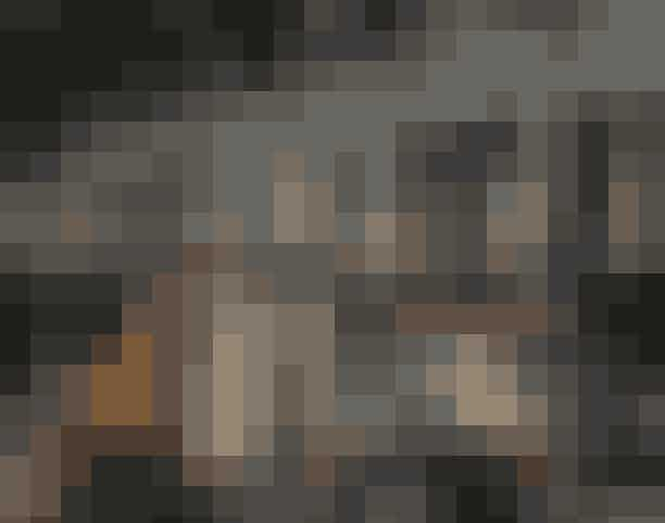 Loppemarked i NørrebrohallenKom til indendørs loppemarked og gør et godt kup. Nørrebroere har tømt deres kælder- og loftsrum, så nu skal der sælges ud. Der er gratis entré til loppemarkedet.Hvor: Nørrebrohallen, Nørrebrogade 208, 2200 København.Hvornår: Søndag den 26. januar 2020 fra 10.00-15.00.